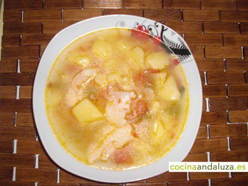 Sopa de pescado cocido