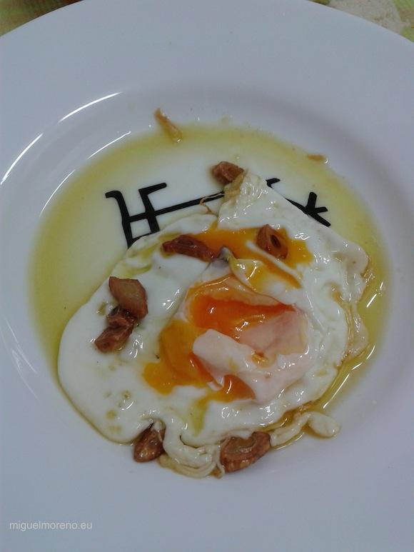Desayuno con Huevo frito de gallinas libres