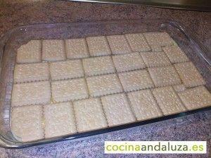 Colocando galleta para la tarta