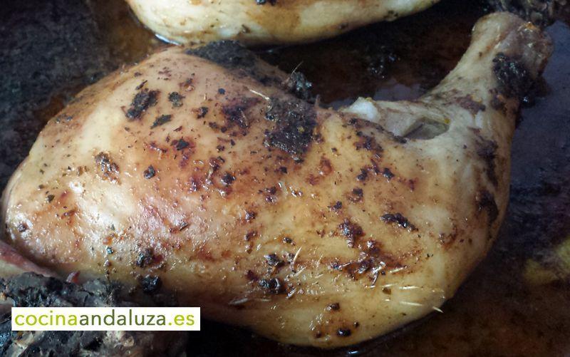Pollo asado al horno de leña.